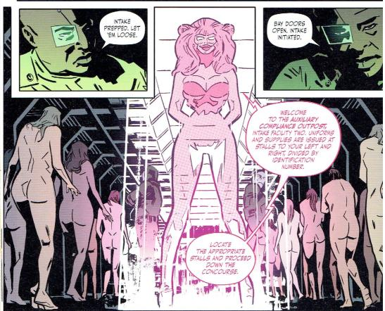 """-perché l'ologramma rosa shocking ha delle somiglianze con l'autrice? è solo una mia impressione? un mistero che non mi farà dormire questa notte! (penso che l'autrice entrerà presto nel mio cuore """"sorry Matt Fraction"""" don't blame me)"""